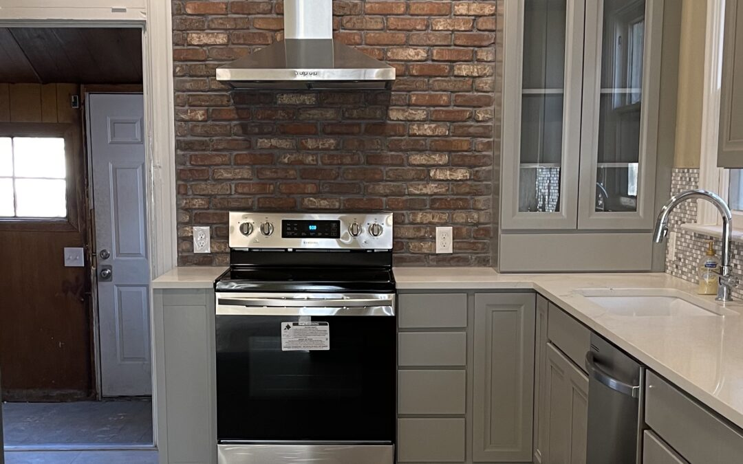 """Designing kitchens: Cabinet, countertop and appliance """"Tetris"""""""
